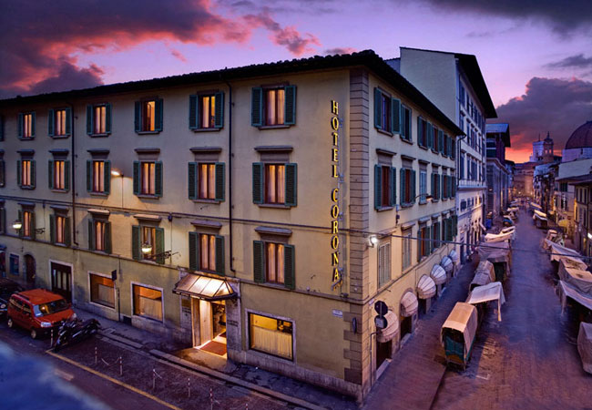 Hotel Corona-01