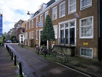 Mercure Hotel Amsterdam Arthur Frommer-01