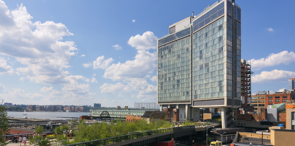 Standard Hotel, July 2009, Location: Manhattan, New York Architect: Polshek Partnership