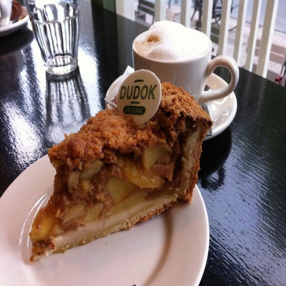 Cafe Dudok-02