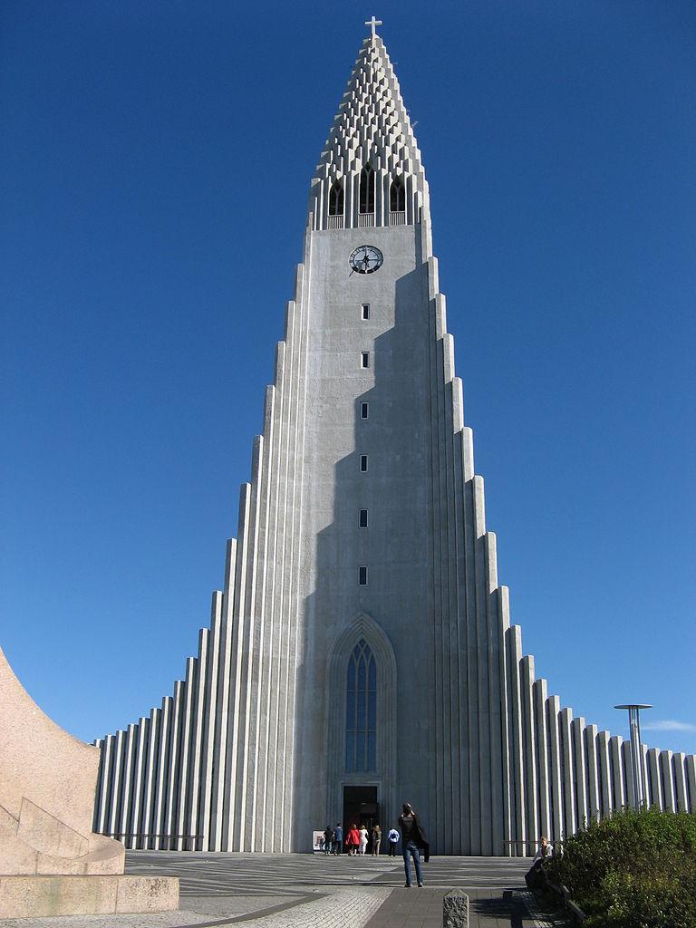 Hallgrímskirkja Church-01